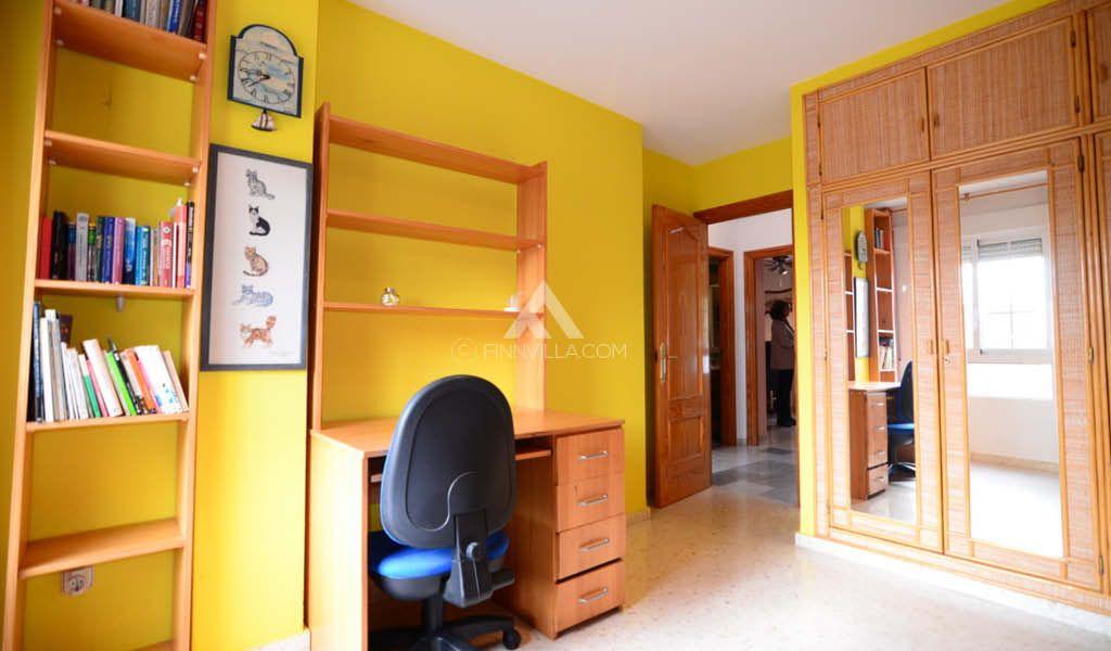 Casa adosada en Malaga Cerrado de Calderon